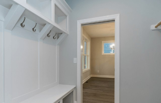 Homesite 1028 - mudroom.png (1)